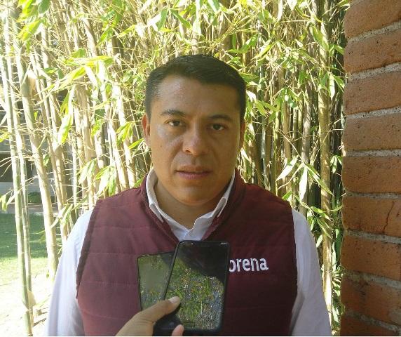 Entrega de becas un tema que se hace con dolo: Rubén Terán