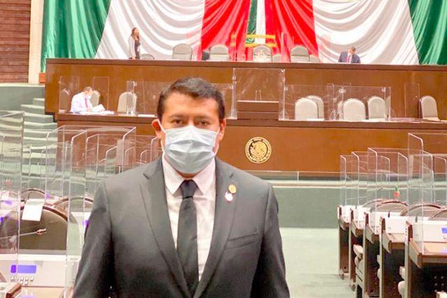 Hagamos patria construyendo un México mejor: Rubén Terán