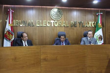 Multan magistrados del TET a alcalde y tesorera de Xaltocan