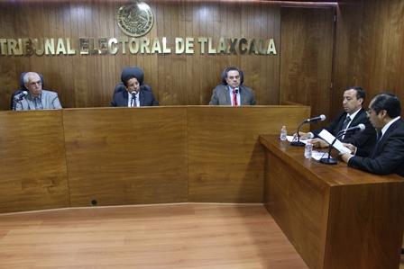 Edil de Teacalco incumple con el pago a presidente de comunidad