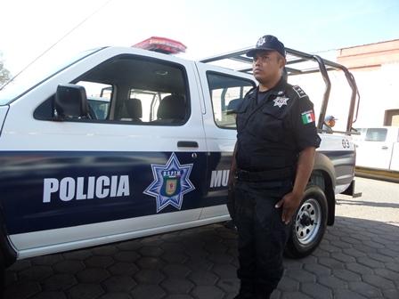 Al 100 por ciento armados policías de Tetla