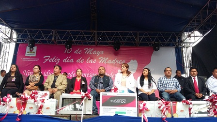 Celebró en grande Ayuntamiento de Tetlanohcan a las mamás