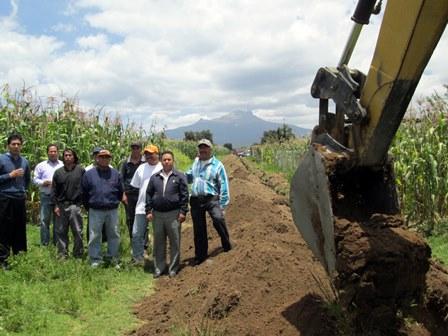 Continúan obras de infraestructura en Tetlanohcan