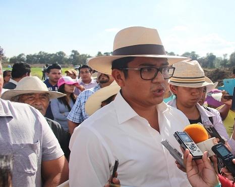 Evita alcalde de Texoloc enfrentamiento por gasoducto