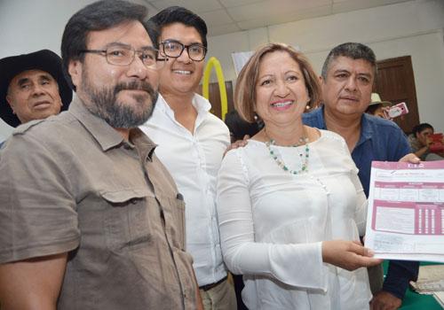 La libra la mamá del alcalde meón en el TEPJF