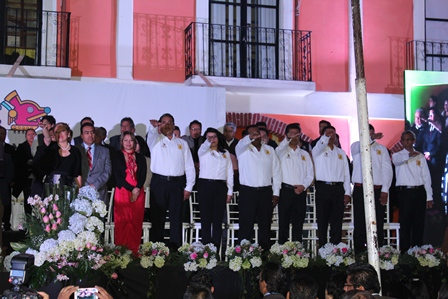 Maribel Cervantes rindió protesta como alcaldesa de Texoloc