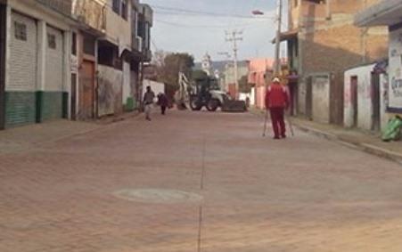 Tras trabajos reabrirán calle principal de Texoloc
