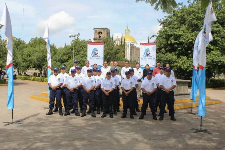 Entrega alcalde de Tepeyanco uniformes a policías municipales