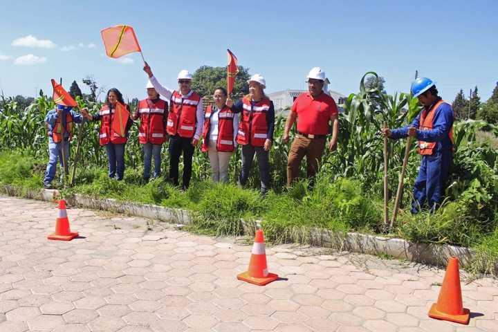 Alcalde pone en marcha electrificación al CBTIS 3 extensión Xiloxoxtla