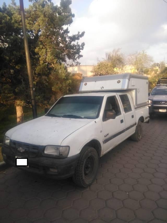 Localizan policías de Chiautempan camioneta reportada como robada