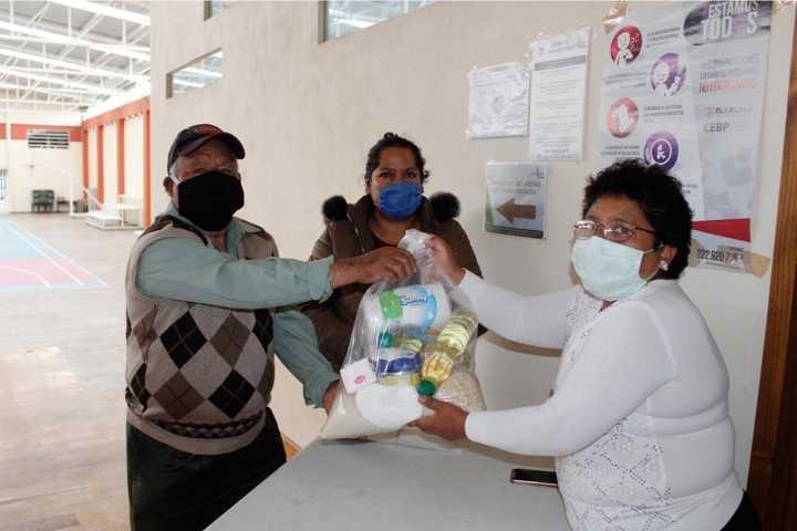 Arranca en Xiloxoxtla entrega de despensas a grupos vulnerables