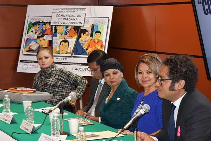 La lucha anticorrupción debe darse desde las instituciones: Minerva Hernández