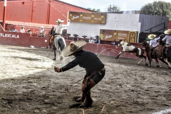 Buenas cuentas en Torneo charro de feria de Tlaxcala