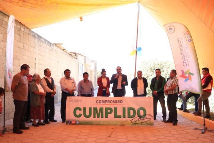 1,298 M2 de adoquín entregados por Héctor Domínguez en Cuahuixmatlac