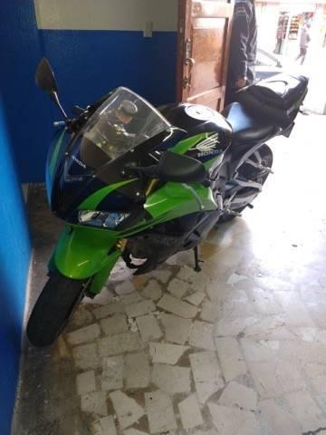 Recuperan motocicleta abandonada en Chiautempan