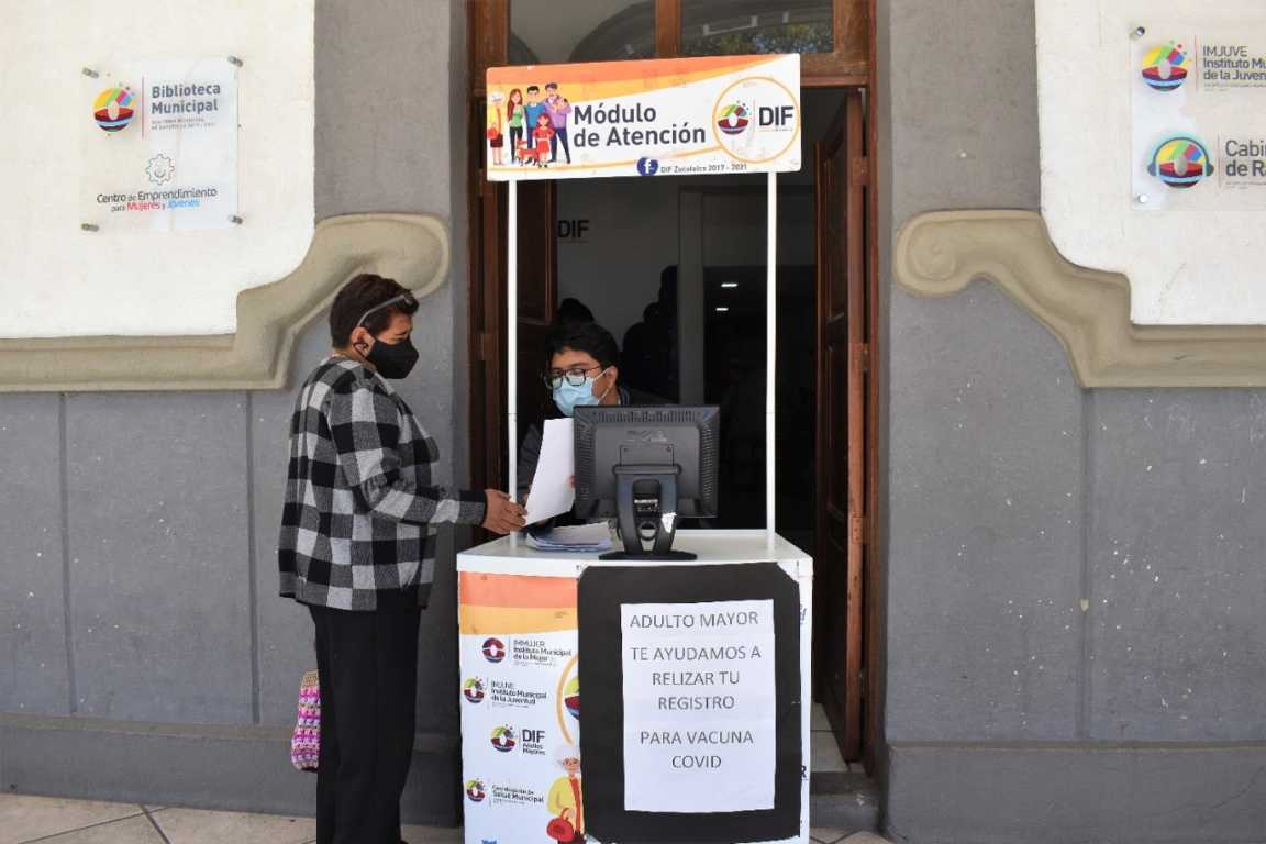 En Zacatelco instalan módulo de apoyo para registro a vacuna ante el Covid19