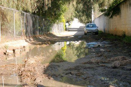 Rehabilita comuna capitalina calle Zeranotla de Tizatlán