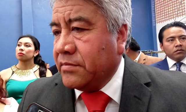 Alcalde de Tlaltelulco admite que tiene a un funcionario golpeador
