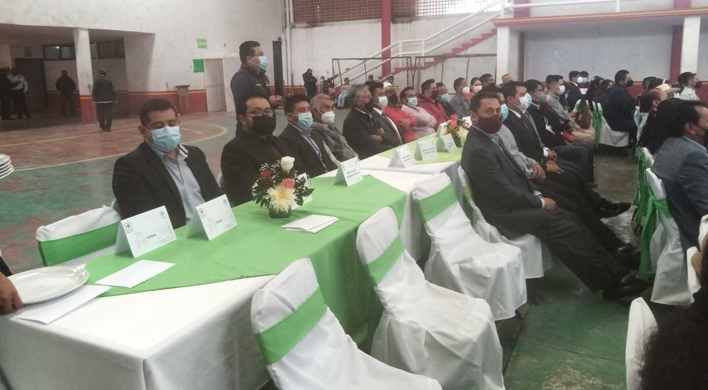 Presentan equipo de trabajo de alcalde de Tlaltelulco, Marco Antonio Pluma Meléndez