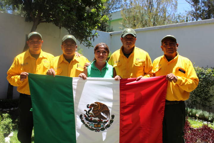 Refuerza México apoyo a Canadá, viajarán 102 combatientes más