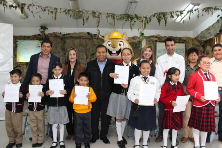 Premia CONAFOR Tlaxcala a ganadores de concurso de dibujo infantil
