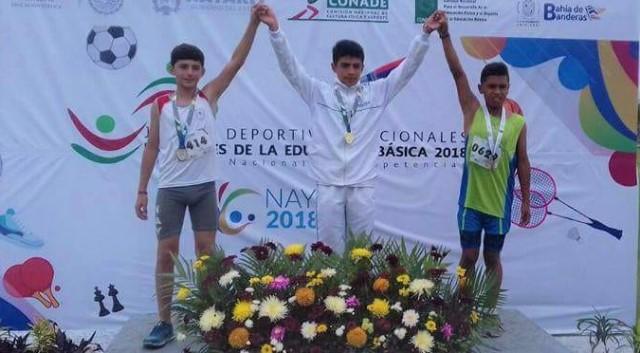 Reconocen triunfo de estudiante tlaxcalteca en juegos nacionales