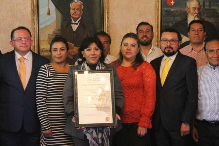 Es Tlaxcala el primer municipio del país en recibir el Distintivo DH