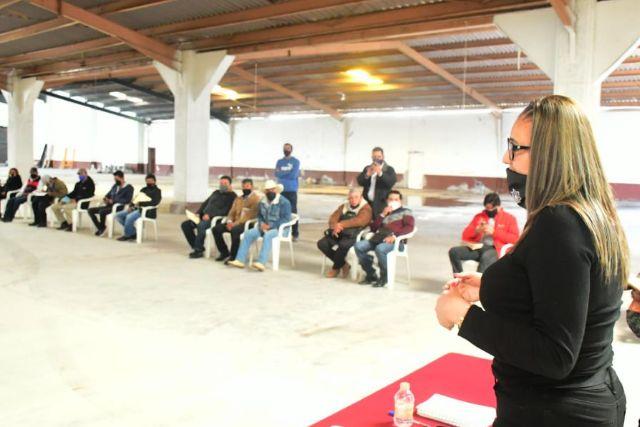 Tlaxco cuenta con autoridades de comunidad responsables y trabajadoras: Gardenia Hernández