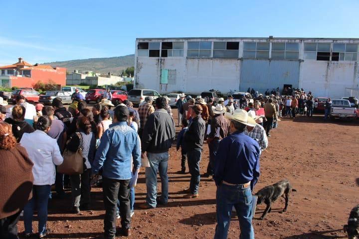 Gran respuesta de campesinos de Tlaxco para acceder a fondo creado por el Congreso