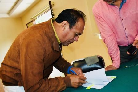 Ayuntamiento de Zacatelco y SEFOA pactan convenio para movilización ganadera