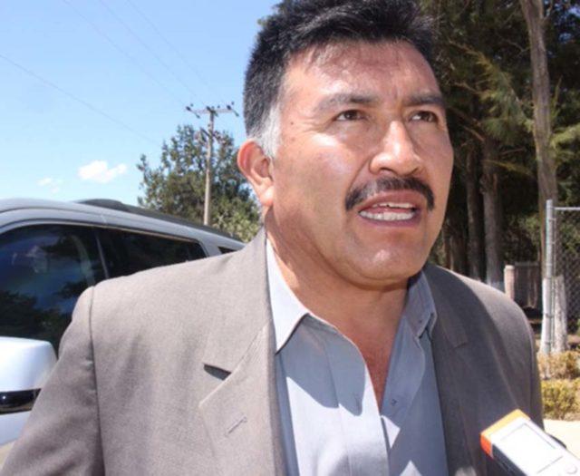Incumple alcalde de Tocatlán con prestaciones de fin de año