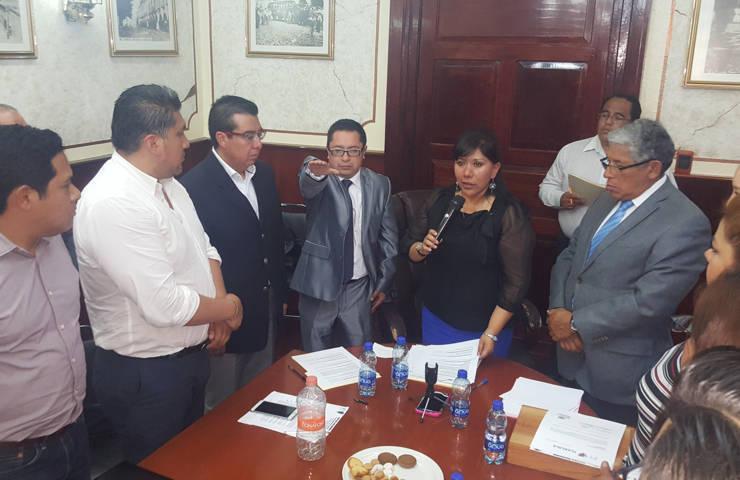 Autorizan licencia por tiempo indefinido al cuarto regidor del ayuntamiento de Tlaxcala