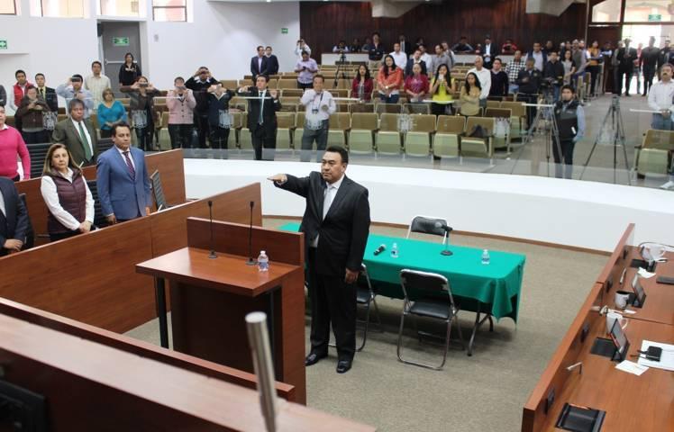 Designan a José Aarón Pérez Carro como Procurador General de Justicia del Estado