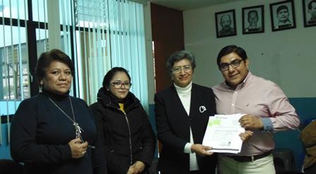 Entrega alcalde de Totolac escrituras de tres predios de Chimalpa