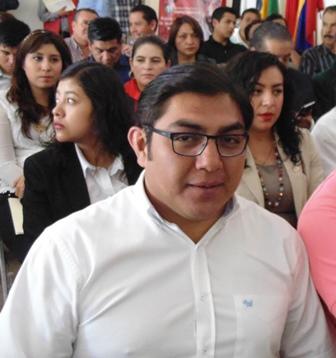 Asiste alcalde de Totolac a presentación de la semana del emprendedor