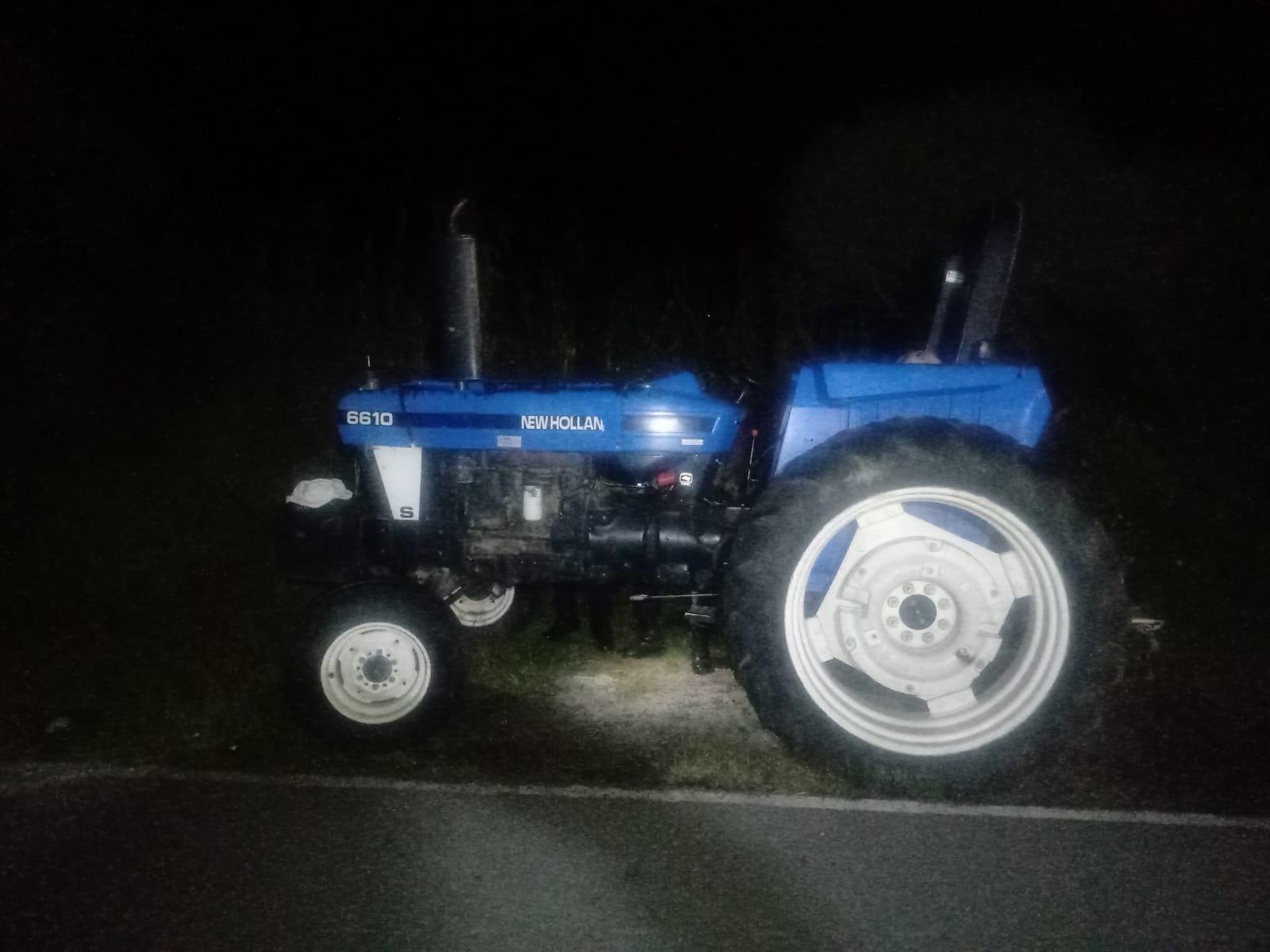 Recupera policía municipal de Huamantla un tractor con reporte de robo vigente