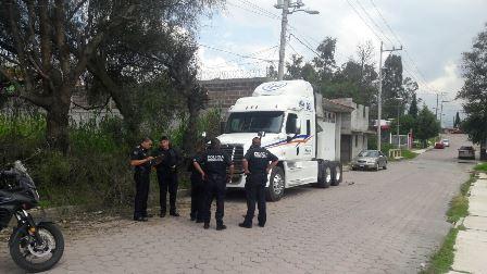 Policía capitalina recupera tractocamión en Ixtulco