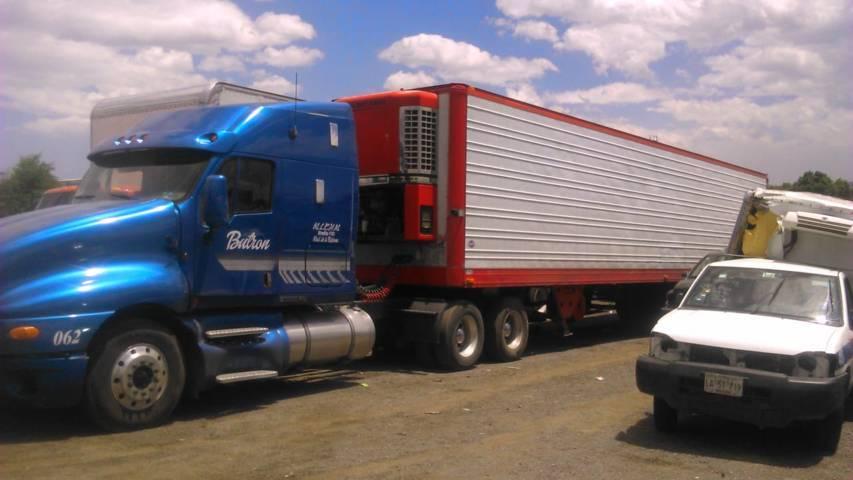 Policía municipal ubican tracto camión con reporte de robo por el sistema Alert@web