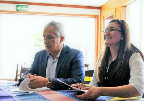 Firma Tlaxco convenio para mejorar el servicio de semáforos