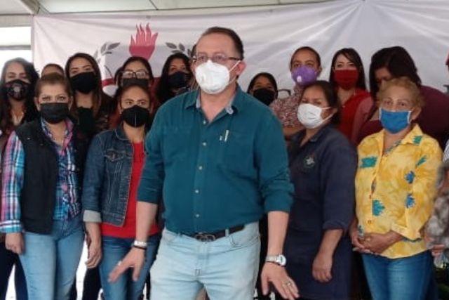 Prado Pineda llama a la unidad para luchar contra la violencia hacia las mujeres