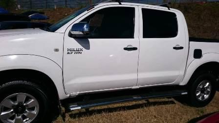 Hampones roban camioneta con lujo de violencia en Xicohtzinco