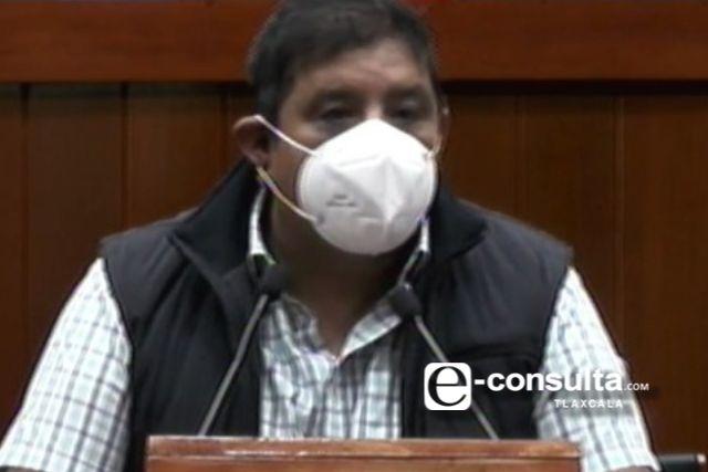 Castro exige equipamiento para el personal médico ante la pandemia del covid