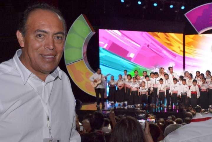 El tianguis turístico arranco con la participación de Zacatelco