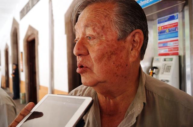 Tulio Hernández Gómez deambulaba y no estaba con un amigo