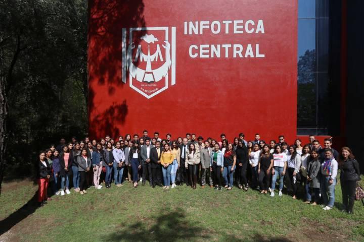 Alumnos de la UATx realizarán intercambio internacional