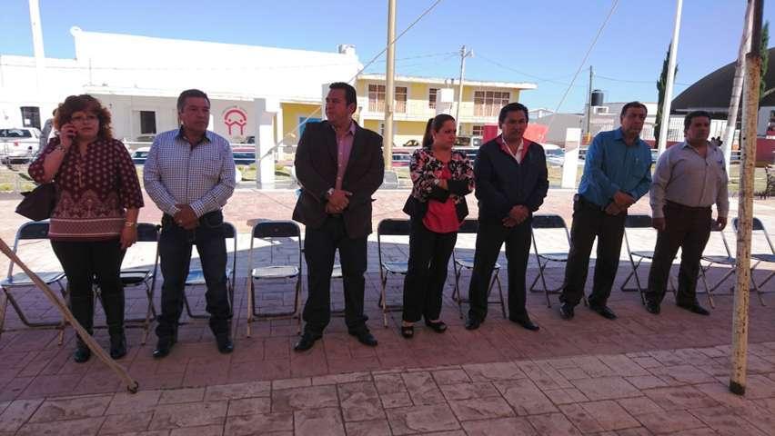 Conmemora Tzompantepec aniversario de Benito Juárez