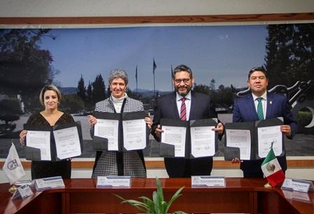 Acuerdan UATx y la Autónoma de Querétaro crear posgrado