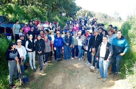 Rebasa la UATx meta de reforestación en el cerro Cuauhtzin