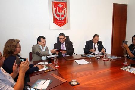 Firma UATx convenio de colaboración con Fundación