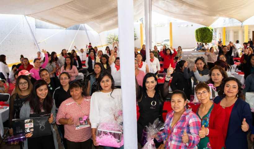 Con impulso al emprendimiento conmemoran el Día de la Mujer en Xicohtzinco